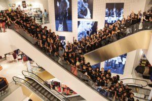 Inauguran la tienda H&M